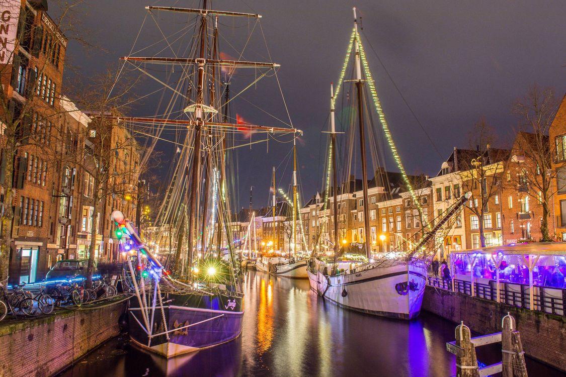 Фото бесплатно Groningen, Гронинген, Нидерланды, ночь, огни, город - скачать на рабочий стол