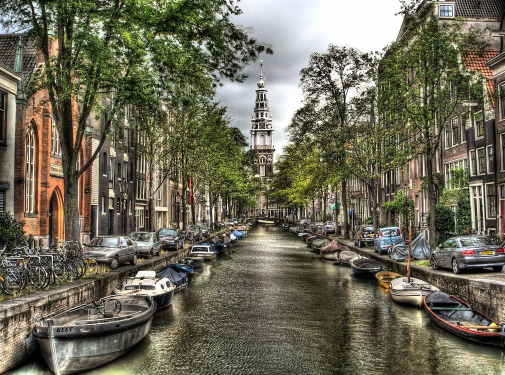 Photo Amsterdam Located in the province of North Holland the capital and largest city of the Netherlands - free pictures on Fonwall