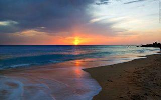 Заставки берег, песок, море, волны, небо, закат, солнце