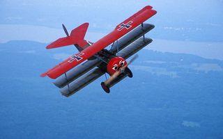Фото бесплатно самолет старинный, винт, крылья, хвост, полет