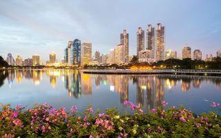 Фото бесплатно Бангкок, вечер, небоскребы, река, мостик
