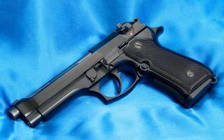 Бесплатные фото пистолет,черный,металл,ствол,курок,рукоять