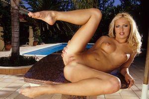 Бесплатные фото Kylie,красотка,девушка,модель,голая,голая девушка,обнаженная девушка