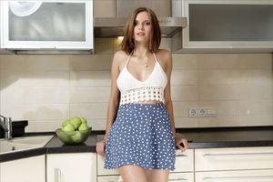 Бесплатные фото Nicolette,красотка,позы,поза,сексуальная девушка,модель