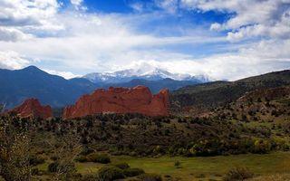 Бесплатные фото трава,кустарник,камни,горы,небо,облака