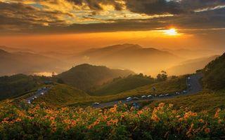 Заставки закат,солнце,дорога,горы,машины,цветы