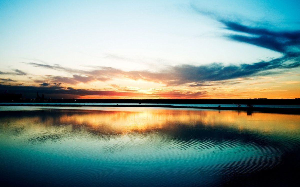 Фото бесплатно озеро, гладь, отражение, горизонт, небо, солнце, закат, облака, пейзажи