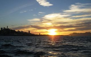 Заставки море, побережье, город