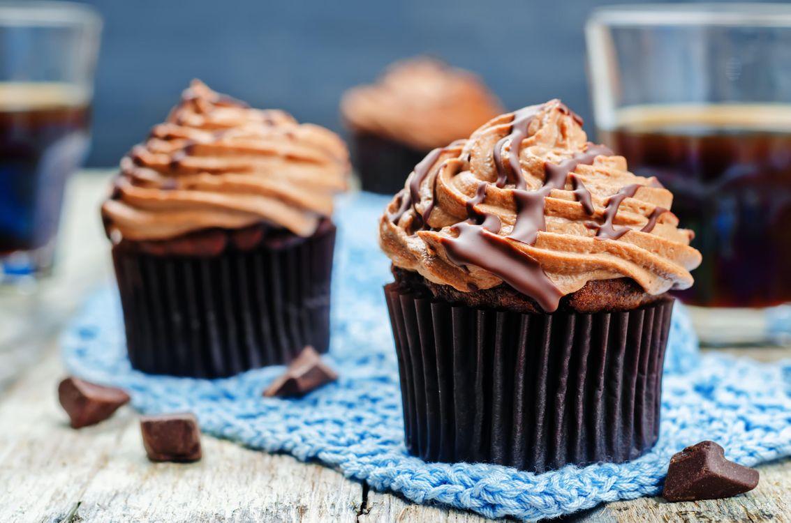 Free photo cupcakes, pastries, cream - to desktop