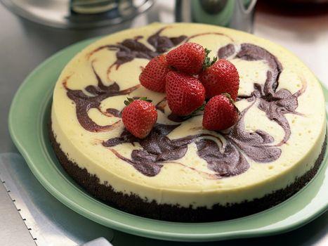 Фото бесплатно десерт, клубника, тарелка