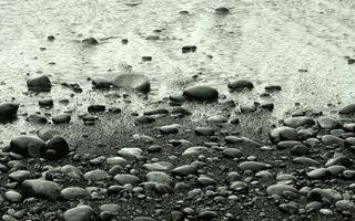 Бесплатные фото берег,камни,галька,песок,водоем,черно-белое