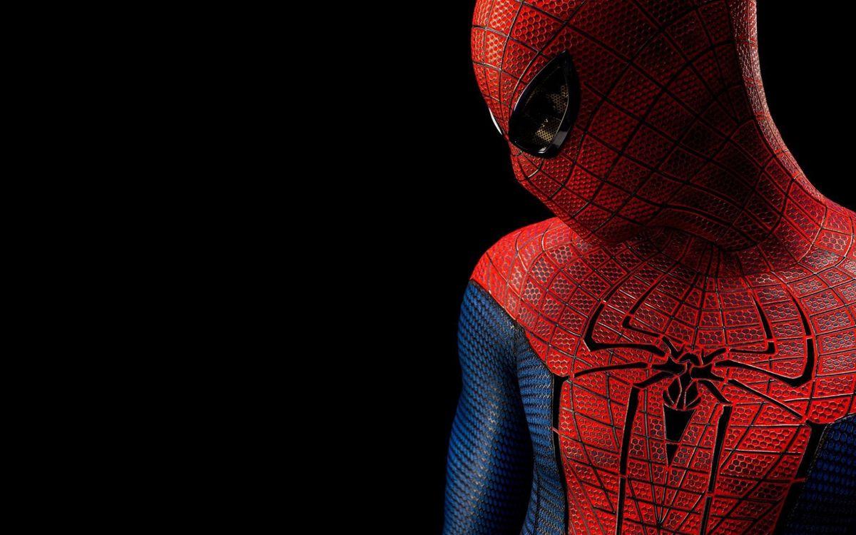 Фото бесплатно человек паук, супергерой, костюм, фон черный, заставка, фильмы