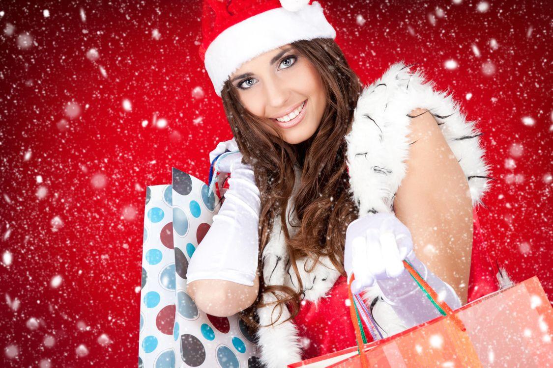 Фото бесплатно девушка, девушки, макияж, лицо, косметика, стиль, гламур, красота, модель, красивый макияж, красотка, настроение, новогодняя девушка, снегурочка, новогодний костюм, настроения