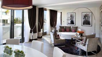 Photo free living room, sofa, armchairs