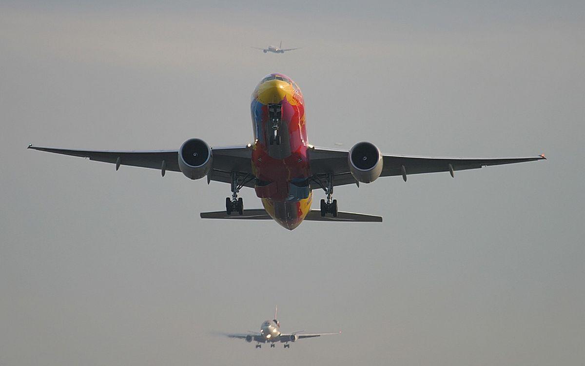 Фото бесплатно самолеты, пассажирские, крылья - на рабочий стол