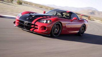 Бесплатные фото Dodge Viper,красный,черная полоса