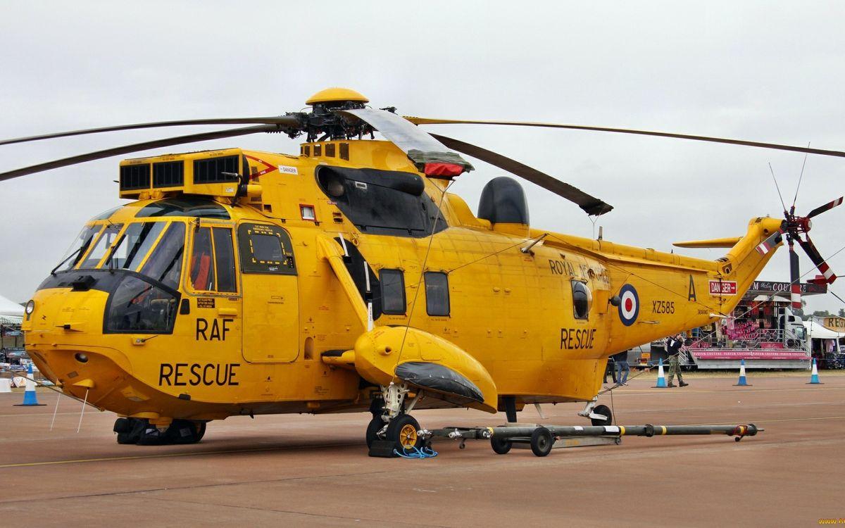 Фото бесплатно спасательный вертолет, желтый, винты, кабина, шасси, аэродром, авиация