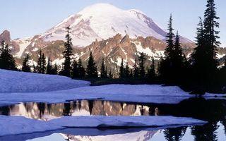 Бесплатные фото река,лед,снег,деревья,горы,скалы,небо