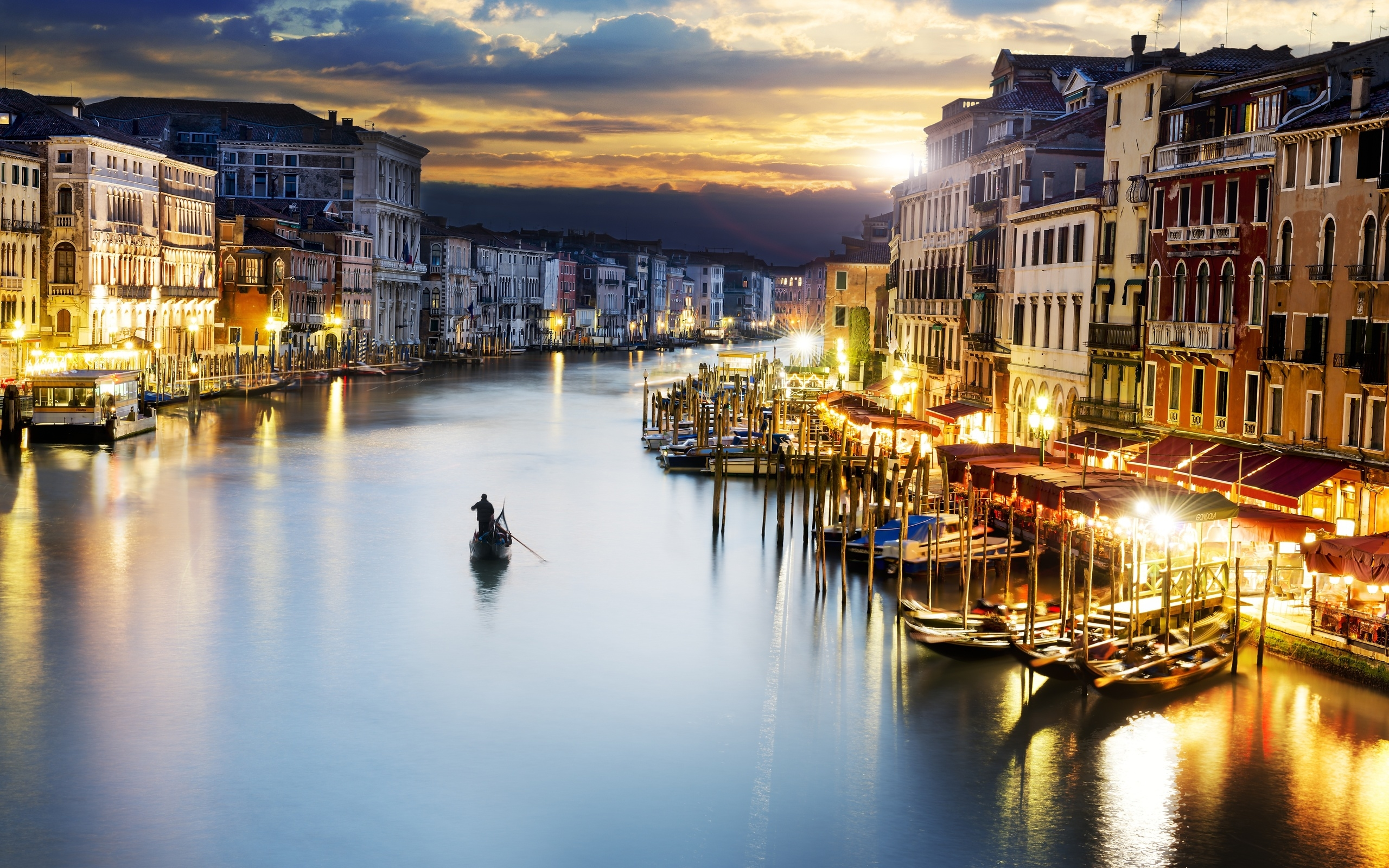 лодочник, Венеция, дома