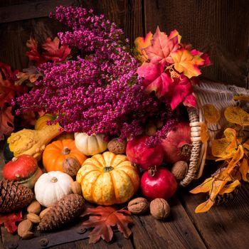 Photo free autumn leaves, nuts, autumn composition of vegetables and fruits