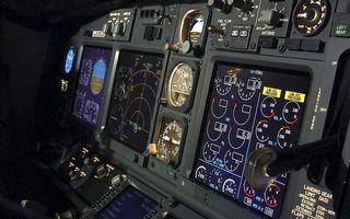 Заставки самолет, панель, приборы, экраны, датчики, переключатели