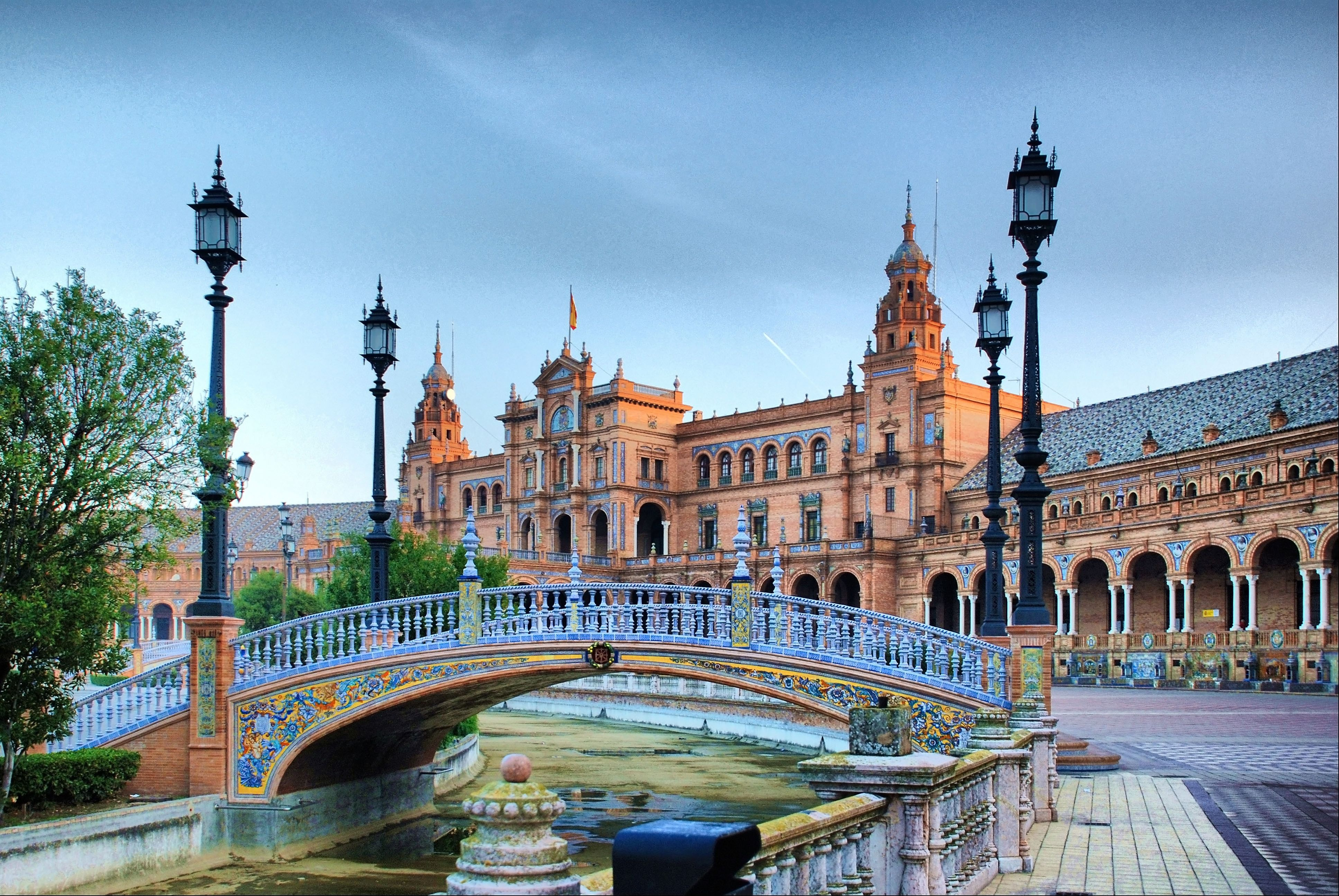 город севилья испания фото