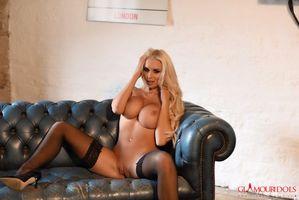 Бесплатные фото Cara Brett, модель, красотка, голая, голая девушка, обнаженная девушка, позы