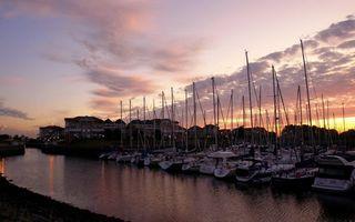 Photo free buildings, masts, shore
