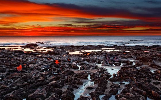 Photo free shore, lava, volcanic eruption