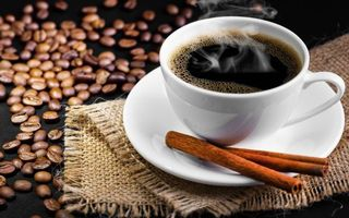 Фото бесплатно чашка кофе, блюдце, зерна