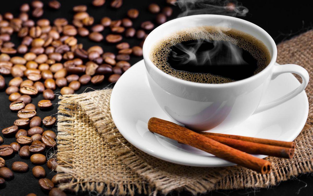 Фото бесплатно чашка кофе, блюдце, зерна - на рабочий стол