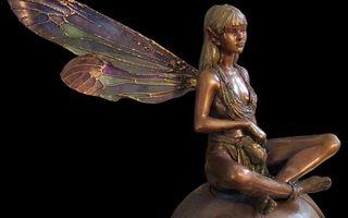 Бесплатные фото статуэтка,металл,бронза,девушка,крылья