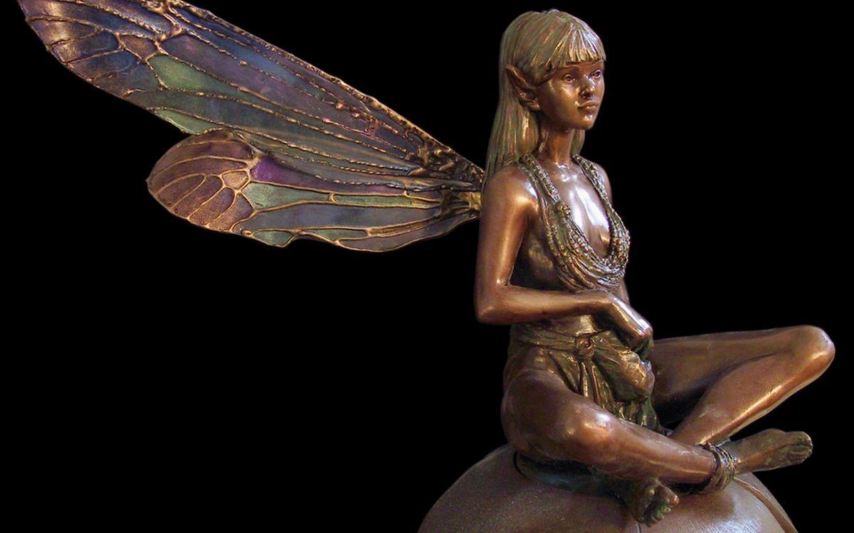 Фото бесплатно статуэтка, металл, бронза, девушка, крылья, разное