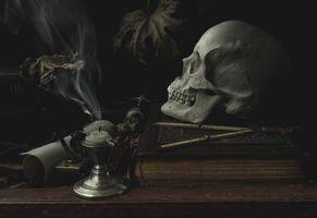 Бесплатные фото натюрморт,композиция,свеча,череп,книга,стол