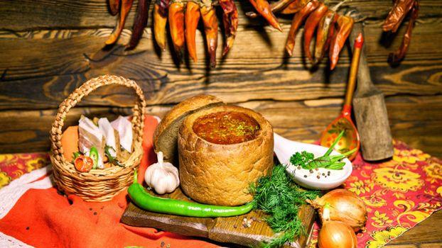 Бесплатные фото лук,чеснок,хлеб,борщ,сало,укроп,перец,блюда