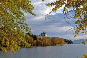Бесплатные фото Prince of Wales Hotel,Waterton National Park,осень