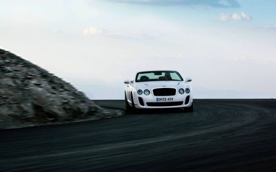 Photo free Bentley Continental GT SS, white, convertible