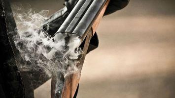 Фото бесплатно ружье, двустволка, цевье, приклад, ствол, дым