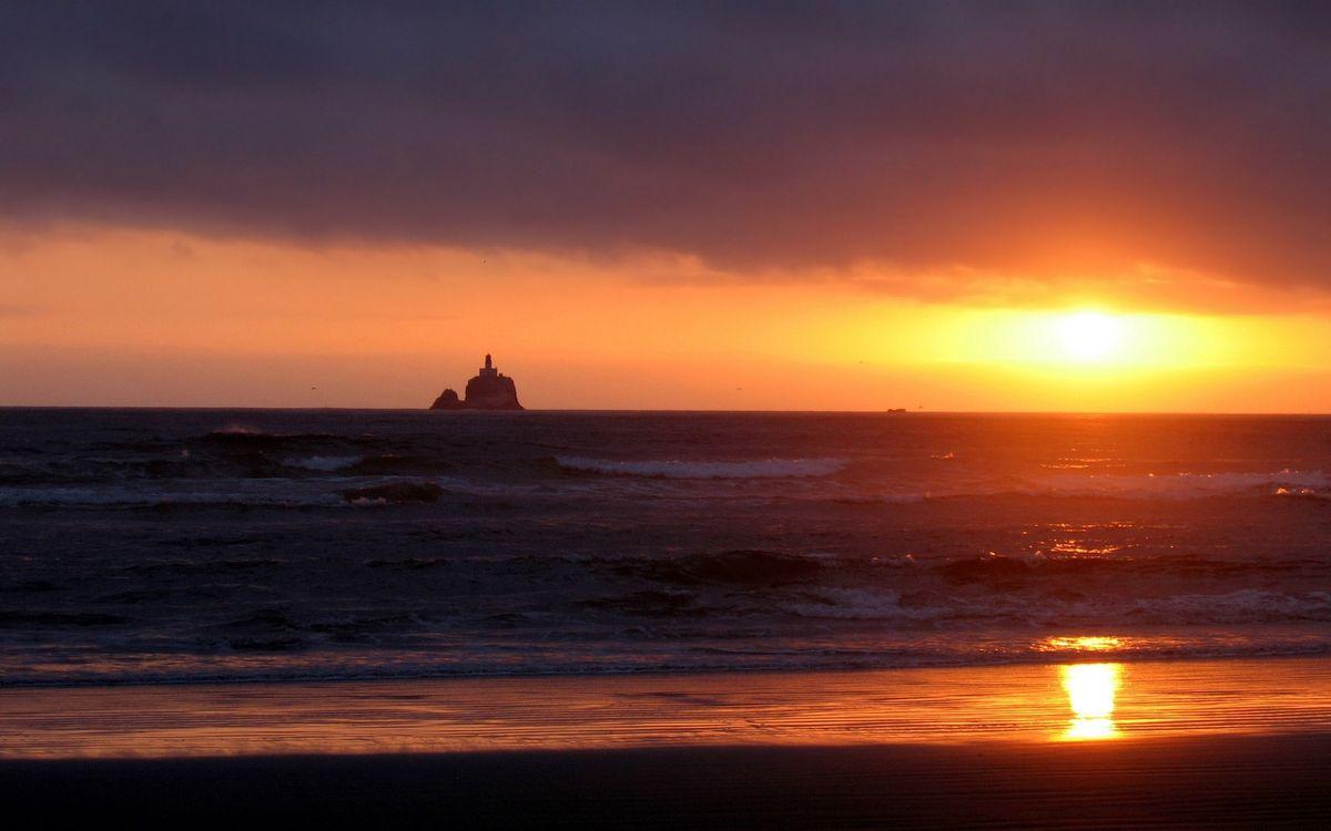 Фото бесплатно маяк, остров, волны - на рабочий стол