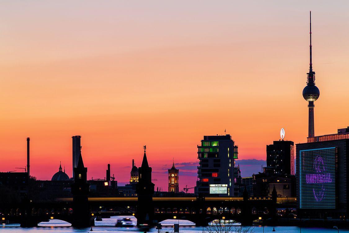 Обои berlin, Берлин, столица, deutschland, germany, Германия, город, панорама, огни на телефон | картинки город