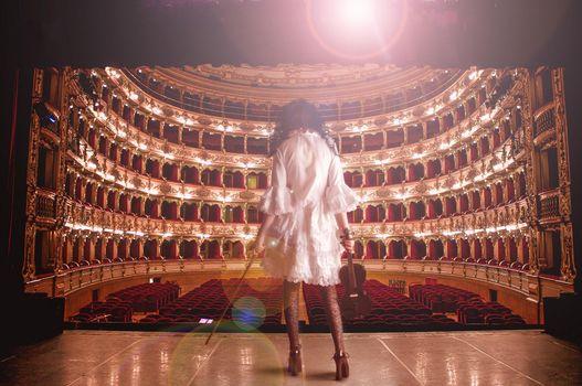 Заставки театр, девушка, скрипка