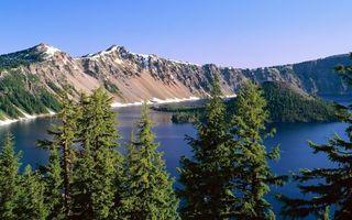 Бесплатные фото озеро,остров,деревья,горы,снег,камни,небо