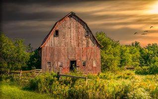Бесплатные фото осень,поле,деревья,дом,закат,пейзаж