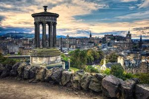 Бесплатные фото Calton Hill,холм в центре города Эдинбург,Шотландия
