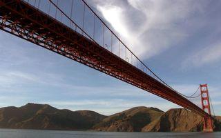 Заставки море,мост,тросы,конструкция,горы,небо,облака