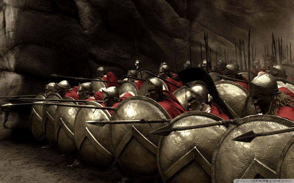 Фото бесплатно 300 спартанцев, щиты, шлемы - на рабочий стол