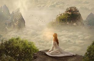 Бесплатные фото девушка,скалы,облака,замок,art
