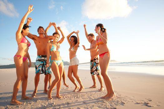 Бесплатные фото пляж,отдых,компания