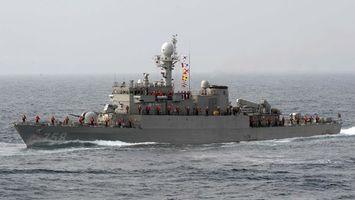 Заставки корабль, военый, экипаж, команда, жилеты, море, волны