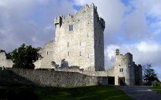 Бесплатные фото замок, крепость, камень, кладка, тропинка, газон, деревья